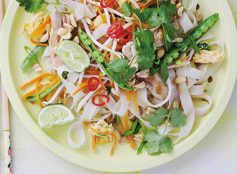 Pad Thai with chicken recipe